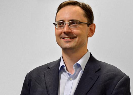 Dr. Sébastien